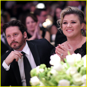 Kelly Clarkson Admits Co-Parenting with Estranged Husband Brandon Blackstock is 'Tough'
