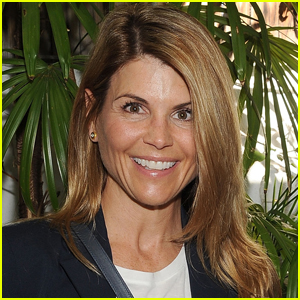 Lori Loughlin to Get Her Passport Back After Completing Prison Sentence