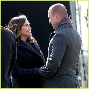 Mariska Hargitay & Christopher Meloni Reunite to Film His 'Law & Order' Spinoff Series