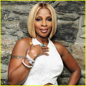 Mary J. Blige Reveals Why She 'Cried Like a Baby' When She Turned 50