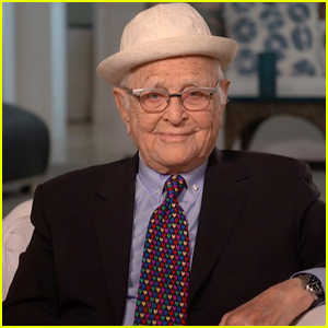 Norman Lear Thanks TV Icon Carol Burnett While Being Honored with Her Eponymous Award at Golden Globes 2021 - Watch!