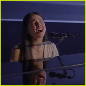 Olivia Rodrigo Performs 'Driver's License' on TV for First Time - Watch Video!