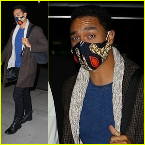 Rege-Jean Page Masks Up While Arriving Back At His Hotel After 'SNL' Rehearsals