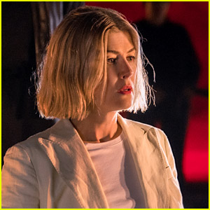 Rosamund Pike Doesn't Think She Was the First Choice for 'I Care a Lot' Role - Here's Why