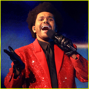 Celebs React to The Weeknd's Super Bowl 2021 Halftime Show!