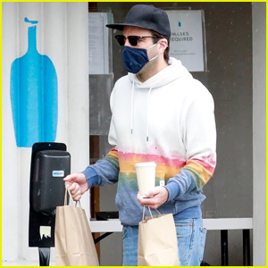 Zachary Quinto Braves the Rainy Weather While Picking Up Lunch