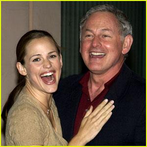 Jennifer Garner Would Do an 'Alias' Reboot: 'Sign Me Up!'