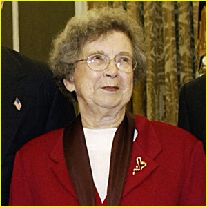 Children's Author Beverly Clearly Dies at Age 104