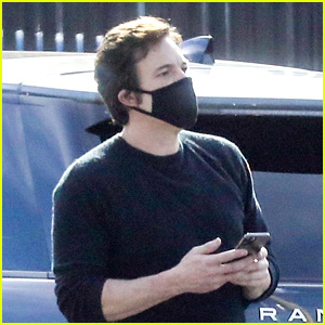 Ben Affleck Runs Errands After Returning to LA From Filming 'The Tender Bar' in Boston