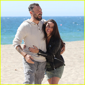These New Photos of Brian Austin Green & Soleil Moon Frye Look Like a Beach Photo Shoot