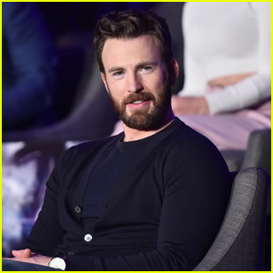 Chris Evans Shares Funny Behind-The-Scenes Footage From Filming 'Captain America' in 2010