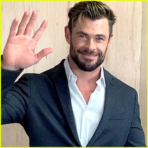 Chris Hemsworth Makes Hearts Race While Presenting The Best Actress Award at Critics Choice Awards 2021