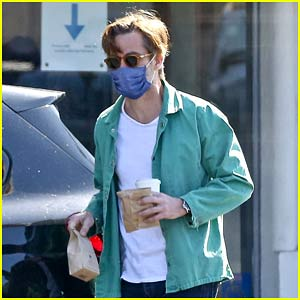 Chris Pine Sure Loves His Coffee from Blue Bottle!