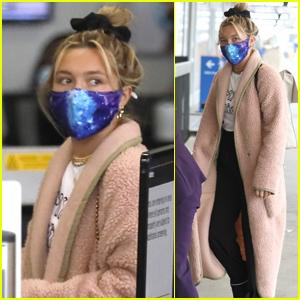 Florence Pugh Bundles Up for Flight Out of Los Angeles