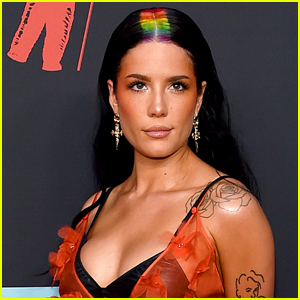 Halsey Announces Pronouns Are Now 'She/They'