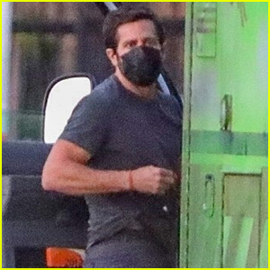 Jake Gyllenhaal Spends His Saturday Filming His New Movie 'Ambulance'