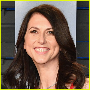 Jeff Bezos' Ex-Wife MacKenzie Scott Marries Seattle Teacher Dan Jewett