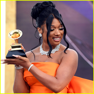 Megan Thee Stallion Wins Best New Artist At Grammys 2021; Dedicates It To Her Late Mom