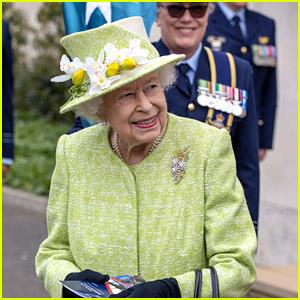 Queen Elizabeth Makes a Rare Royal Visit During Pandemic