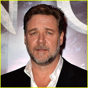 Russell Crowe's Father Has Died - Read His Touching Tribute
