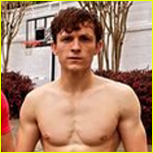 Tom Holland Shares Hot Photo, Looks Ripped Shirtless With His Trainer!