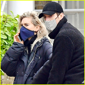 Oscar Nom Vanessa Kirby Goes House Hunting with Mystery Man & Her Parents