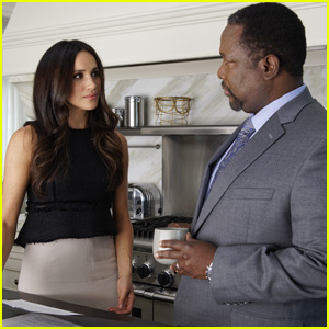 Meghan Markle's 'Suits' Co-Star Wendell Pierce Clarifies His Thoughts on Her 'Insignificant' Oprah Winfrey Interview