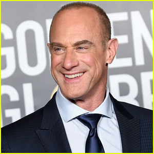 Christopher Meloni Reacts to Those Viral Photos of Him Wearing Super Tight Pants!