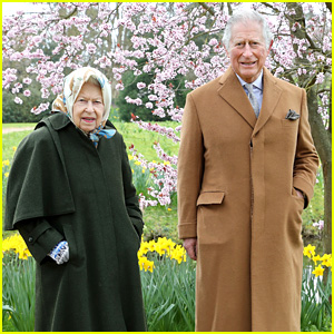 Queen Elizabeth Spends Time With Prince Charles In New Royal Portraits