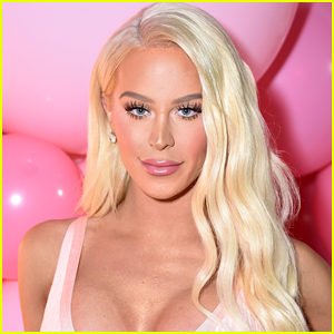 Gigi Gorgeous Comes Out for 'Fourth Time,' Reveals She's Pansexual