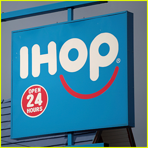 IHOP Hostess Goes Viral, Shares Video Footage of the Celebrity She Turned Away From the Restaurant!