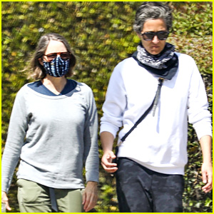 Jodie Foster & Wife Alexandra Hedison Head Out On a Coffee Run