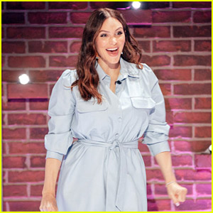 Katharine McPhee Performs a 'Country Comfort' Song Live for Kelly Clarkson - Watch Now!