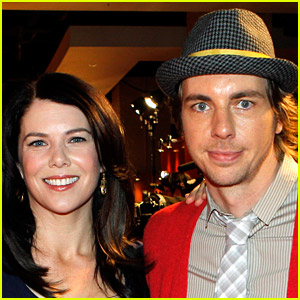 Lauren Graham Reveals Why Her Neighbor, Dax Shepard, Is 'Out of His Mind'