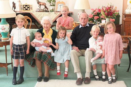 Palace Releases Never-Before-Seen Photo of Queen Elizabeth & Prince Philip with 7 Great-Grandkids