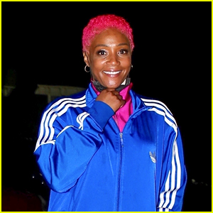 Tiffany Haddish Shows Off New Pink Hair After Guest Hosting 'Ellen'