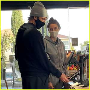 Shailene Woodley & Aaron Rodgers Pick Up Food-to-Go in Santa Monica