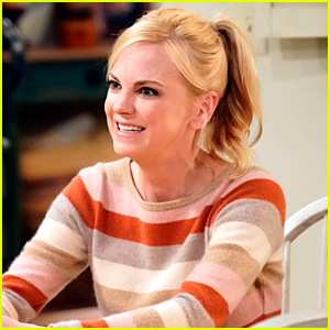 Will Anna Faris Return For 'Mom's Series Finale? Here's Why She Left In The First Place