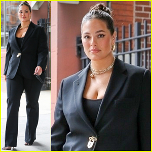 Ashley Graham Reveals the One Rule She Follows When Giving Advice to Her 'Mommy Friends'