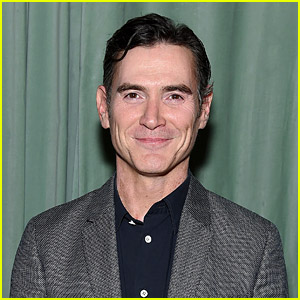 The Morning Show's Billy Crudup Books Another Series with Apple TV+