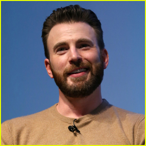 Chris Evans Shows Off His Bruises While Filming 'The Gray Man'
