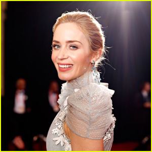 Emily Blunt Recalls Her 'Horror Show' of a First Kiss