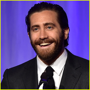 Jake Gyllenhaal Talks Fatherhood, Says 'It's Getting to Be Time'