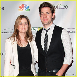 Jenna Fischer Revealed New Details About Jim & Pam's Engagement Scene From 'The Office'