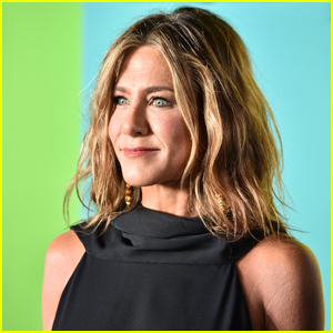 Jennifer Aniston Uses This $25 Tangle Spray for Her Natural Waves!