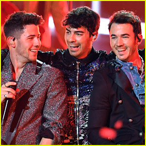 Jonas Brothers Release New Song with Marshmello, 'Leave Before You Love Me' - Listen Now!