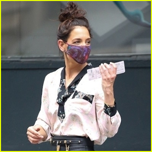 Katie Holmes Rocks Two Different Looks For Her Photoshoot in NYC!