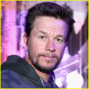Mark Wahlberg is Practically Unrecognizable with Newly Shaved Head!