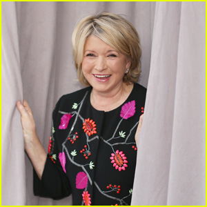Martha Stewart Calls Out 'Fake News' About the Amount of Peacocks She Owns