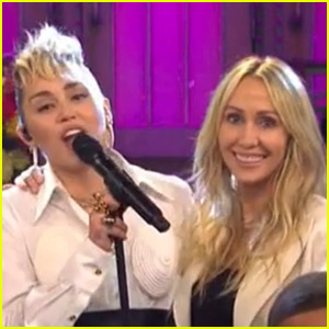 Miley Cyrus Kicks Off 'SNL' with Performance Dedicated to Moms - Watch Now!